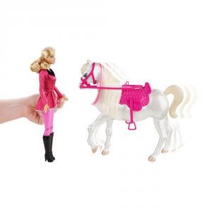mattel y6858 barbie puppe mit r c pferd ferngesteuert dressurpferd wei neu ovp. Black Bedroom Furniture Sets. Home Design Ideas